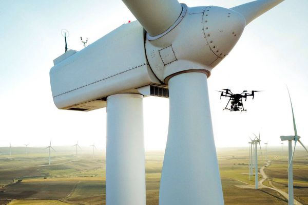 UAVs equipped with next-generation technology for autonomous inspection of wind-turbine rotor blades. (Courtesy: Sulzer & Schmid Laboratories AG).